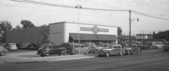 A&P Supermarket, 4515 N 24th Street, North Omaha, Nebraska