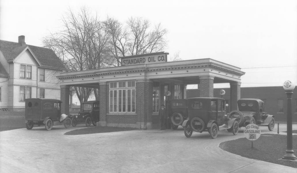 Standard Oil Company Gas Station, Florence Blvd and Ames Ave, North Omaha, Nebraska circa 1915