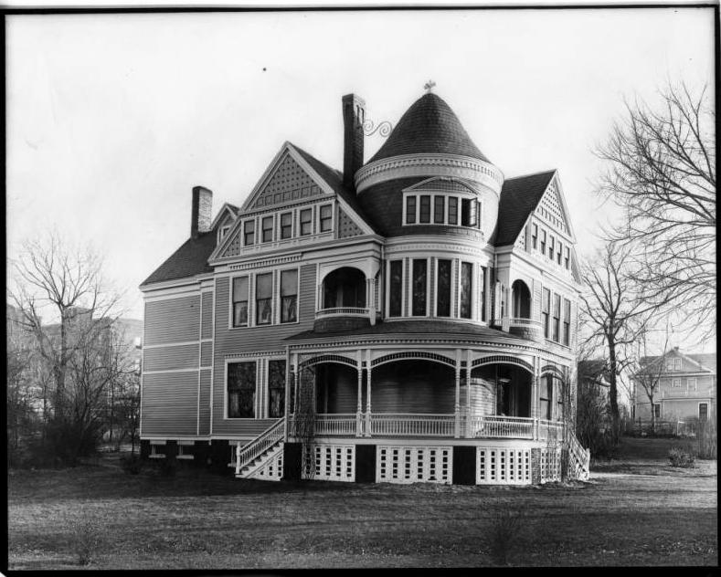This is the original Nebraska Methodist Hospital at 923 North 38th Street on the edge of the Walnut Hill neighborhood.