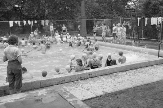 Fort Omaha Pool, North Omaha, Nebraska