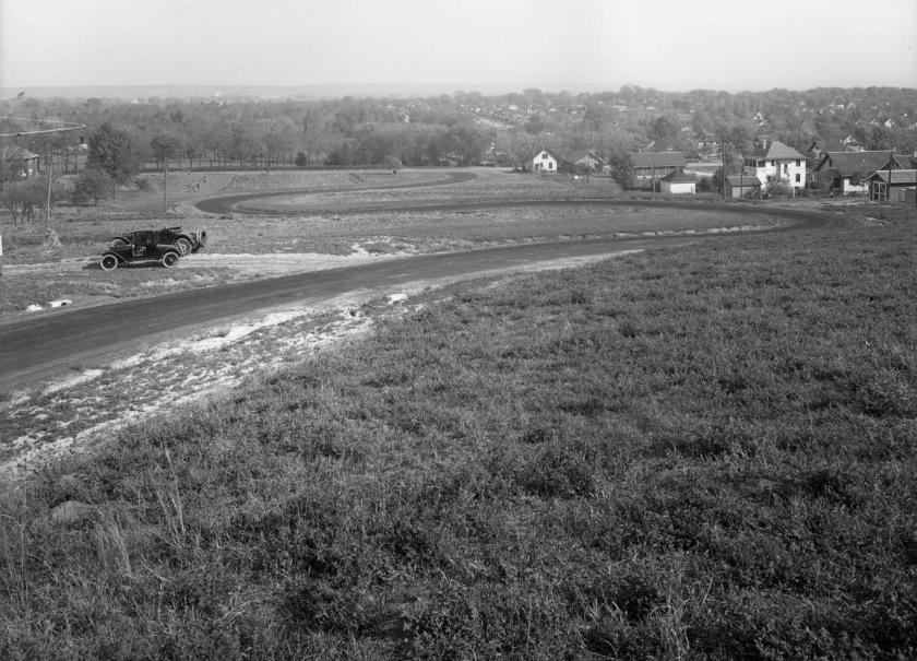 Looking east on Belvedere Boulevard towards Miller Park in the 1910s.