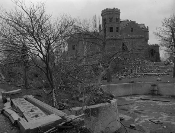 1913 Joslyn Castle damage, North Omaha, Nebraska