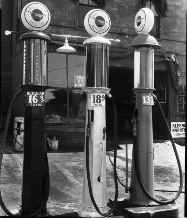 1933 gas pumps in Omaha