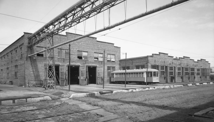 This is the northwest corner of the 26th and Lake Streetcar Shop in 1935.