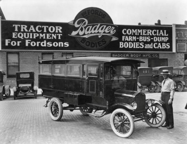 Badger Auto Body Company, North Omaha, Nebraska