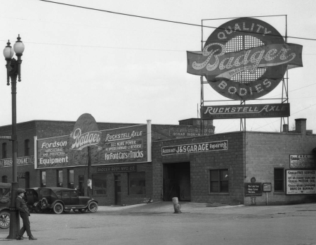 Badger Auto Body Company, North 16th and Cuming Streets, North Omaha, Nebraska