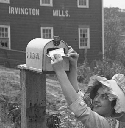 1912 Irvington Mills pic C. G. Brewster Nebraska