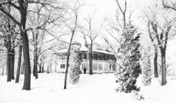 This was the John Latenser country home located in the Ponca Hills.