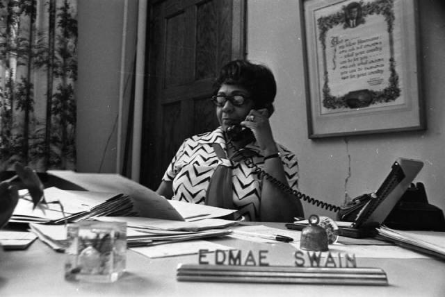 Edmae Swain (1916-2008), Lake School principal, North Omaha