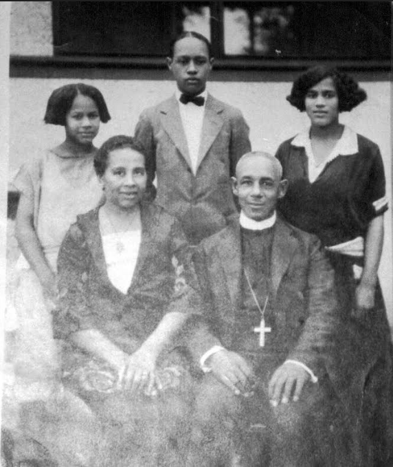 This is the family of Rev. John Albert Williams and Mrs. Lucy Gamble Williams, North Omaha, Nebraska