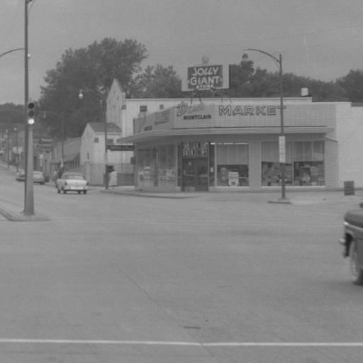 Montclair Market, North 30th and Cuming Streets, North Omaha, Nebraska