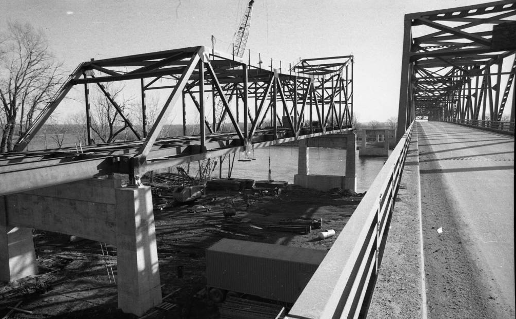 Mormon Bridge construction in North Omaha, Nebraska, 1971